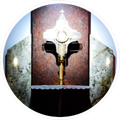 Adoracja Najświętszego Sakramentu w Sanktuarium NMP Wspomożenia wiernych w Rumi